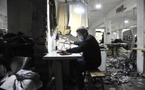 京郊服装厂的日与夜